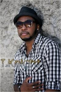 L'artiste franco-nigérien T. Knight